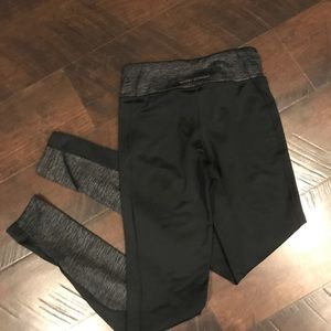 Women's Under Armour black cold gear leggings XS